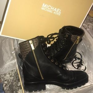MICHAEL Michael Kors- Bastian Lace-Up Booties